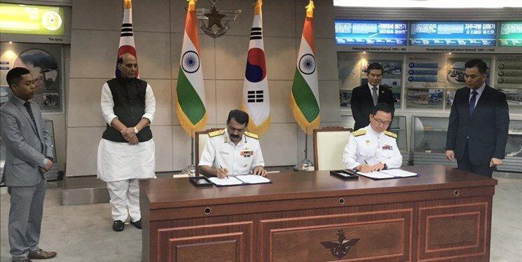 با بالاگرفتن تنش ها در کشمیر، هند یک قراداد نظامی امضا کرد