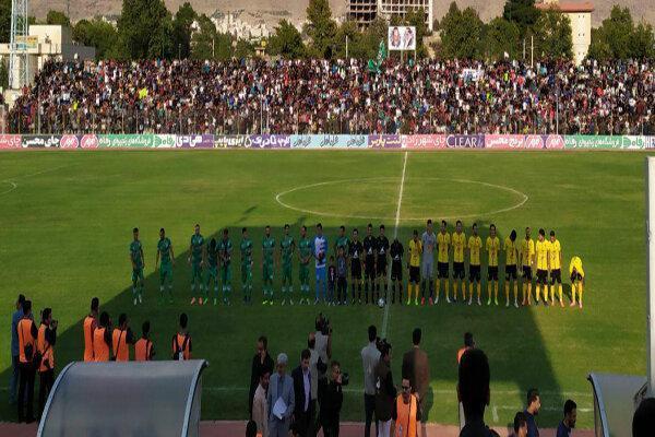 دیدار جام حذفی سپاهان و خیبر در خرم آباد آغاز شد، ترکیب تیم ها