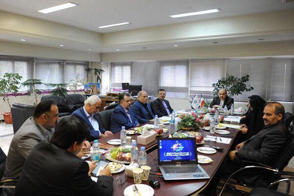 تاکید وزیر ورزش به مدیران سرخابی ها برای فراهم شدن مقدمات واگذاری