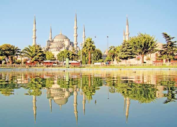 گزارش ساندی تایمز از سیل مهاجرت ایرانی ها به ترکیه