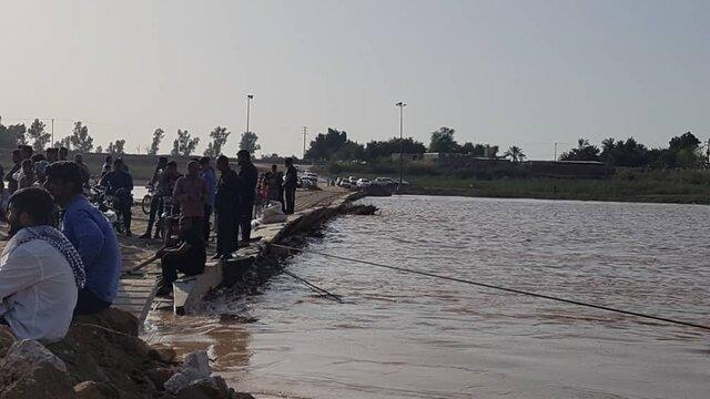 غرق شدن یک سرباز در حین بازسازی پل شناور ارتش در ملاثانی