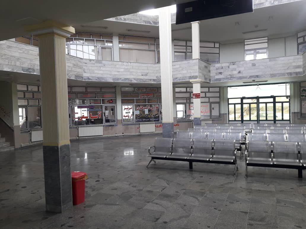 خبرنگاران پایانه مسافربری تکاب تعطیل شد