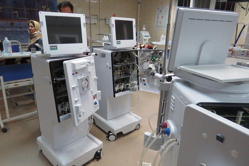 خبرنگاران خیران قزوینی پنج دستگاه دیالیز را برای بیماران تامین کردند