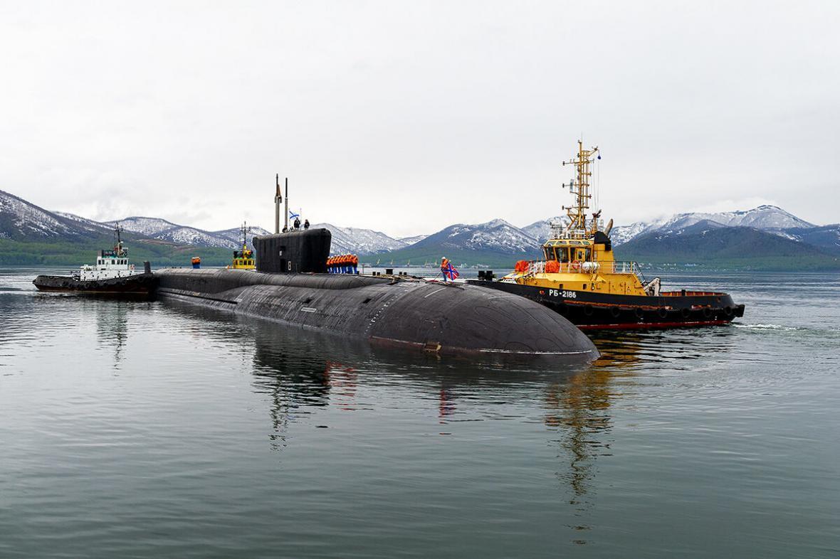 خبرنگاران روسیه از پیشرفته ترین زیردریایی اتمی خود رونمایی کرد