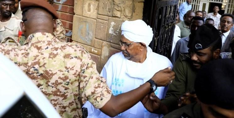 بازپرسی از عمر البشیر در رابطه با اعدام افسران سودان