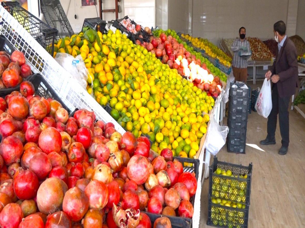 خبرنگاران حذف واسطه ها قیمت نهایی محصولات کشاورزی را 15 درصد کاهش می دهد