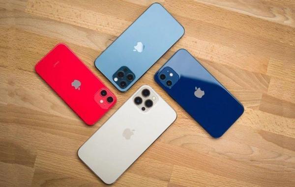چرا خرید گوشیهای آیفون 12 منطقی نیست؟