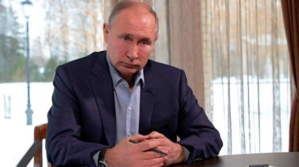 پوتین از عقب نشینی کرونا در روسیه اطلاع داد