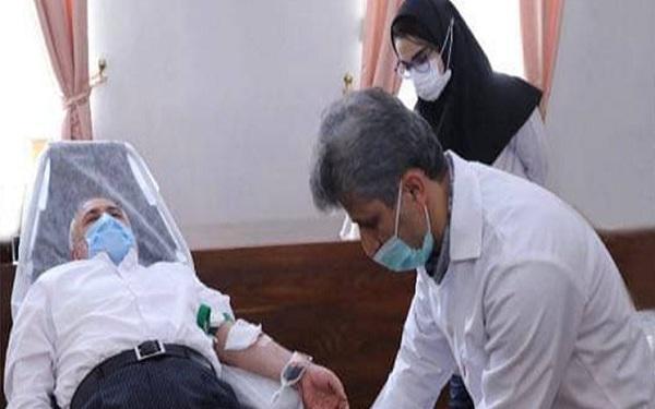ظریف، مدیران و کارکنان وزارت امور خارجه خون اهدا کردند خبرنگاران