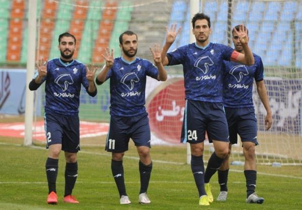 حاتمی: در خصوص طلبم از استقلال به AFC نامه زدم، امیدوارم مددی عواقب حرف هایش را گردن بگیرد