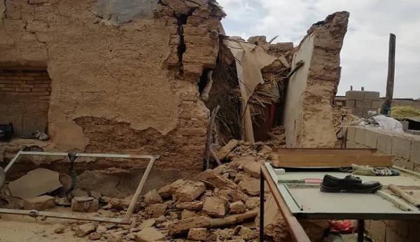 شرایط گناوه و سی سخت بعد از زلزله ، بلاتکلیف میان آوار و کرونا