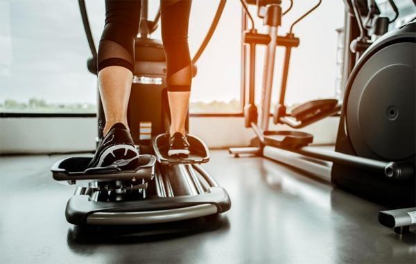11 فایده شگفت آور الپتیکال (اسکی فضایی) برای سلامتی و لاغری