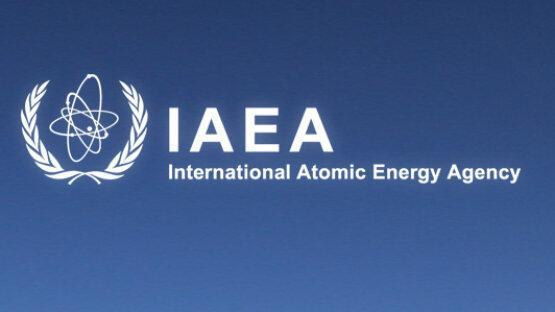 سناتور آمریکایی: ایران با تمدید توافق با آژانس اتمی موافقت کند