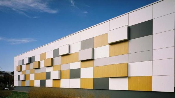 مقاله: نمای کامپوزیت ساختمان چیست؟ انواع کامپوزیت، مزایا و معایب ، کاربرد و نحوه اجرای آن چیست؟